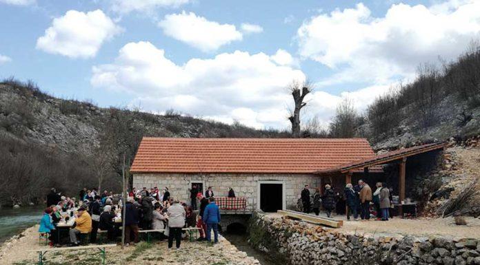 Ervenik seoski turizam