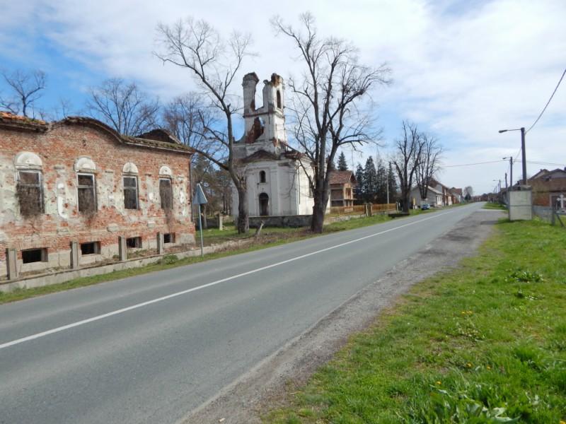 crkva i dom kulture u medarima