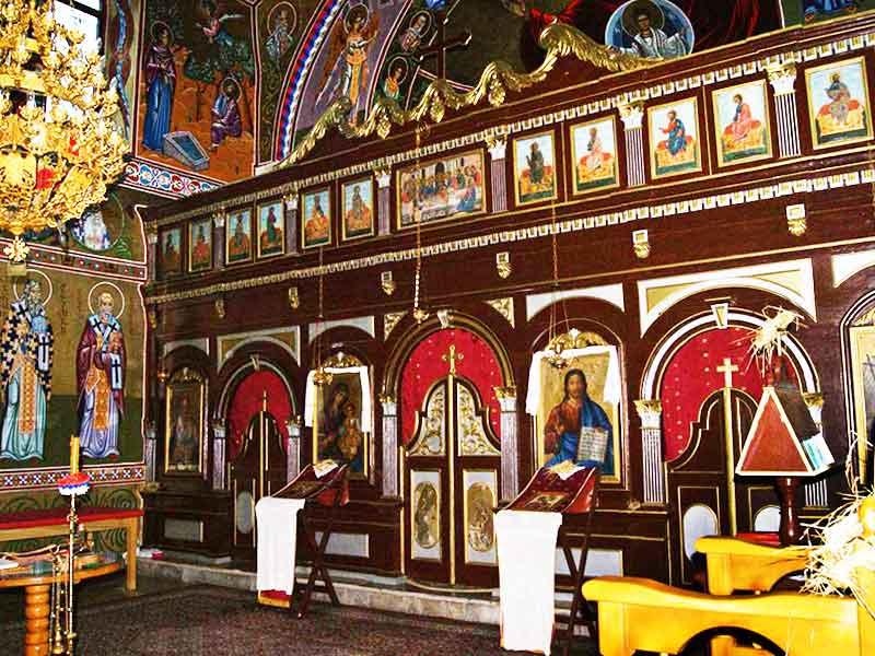 Hram Uspenja Presvete Bogorodice unutrašnjost crkve Imotski