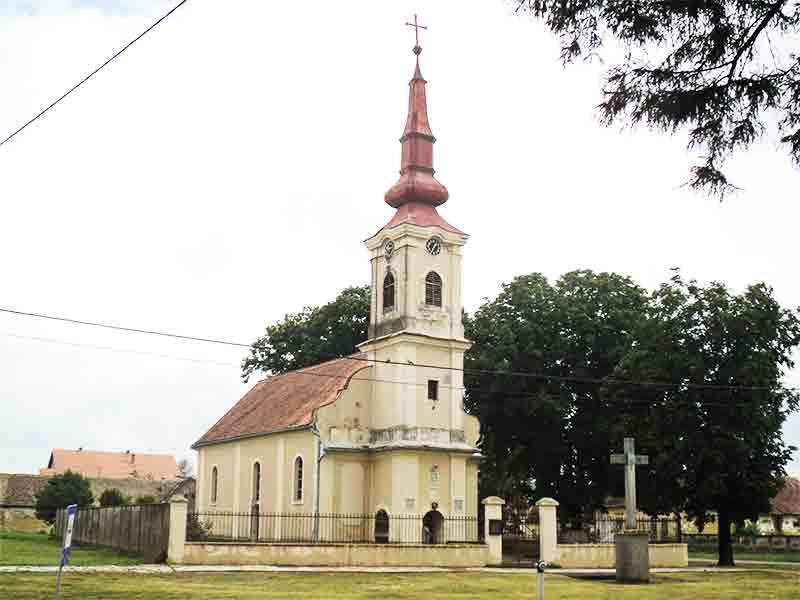 Pravoslavni hram u Negoslavcima