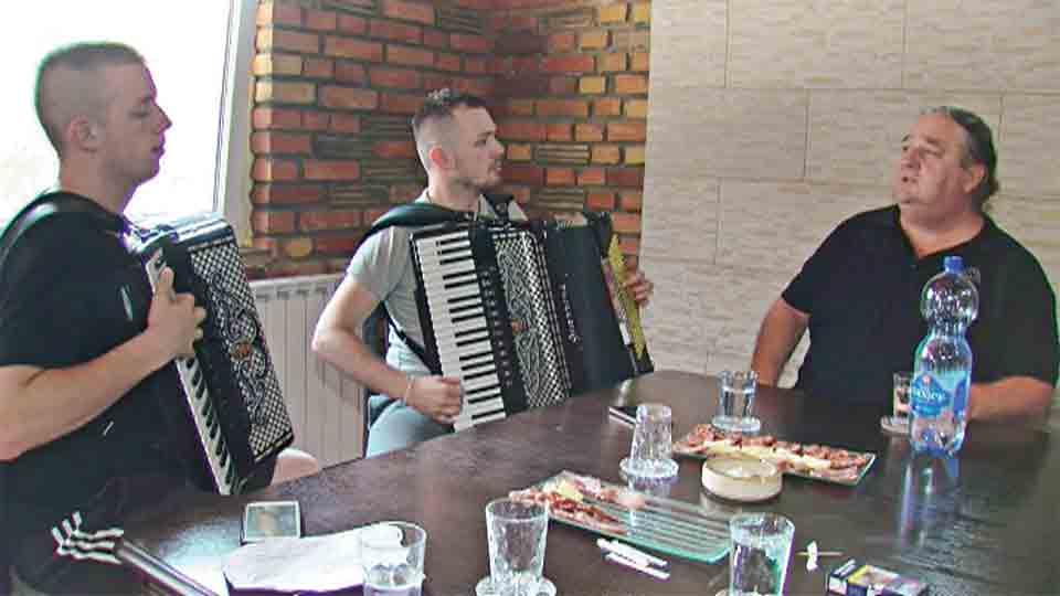 Miloš Đuranović Zoran Đuranović Đuzo Nikola Đuranović prva harmonika Vojvodine nikad nije kasno prva srpska