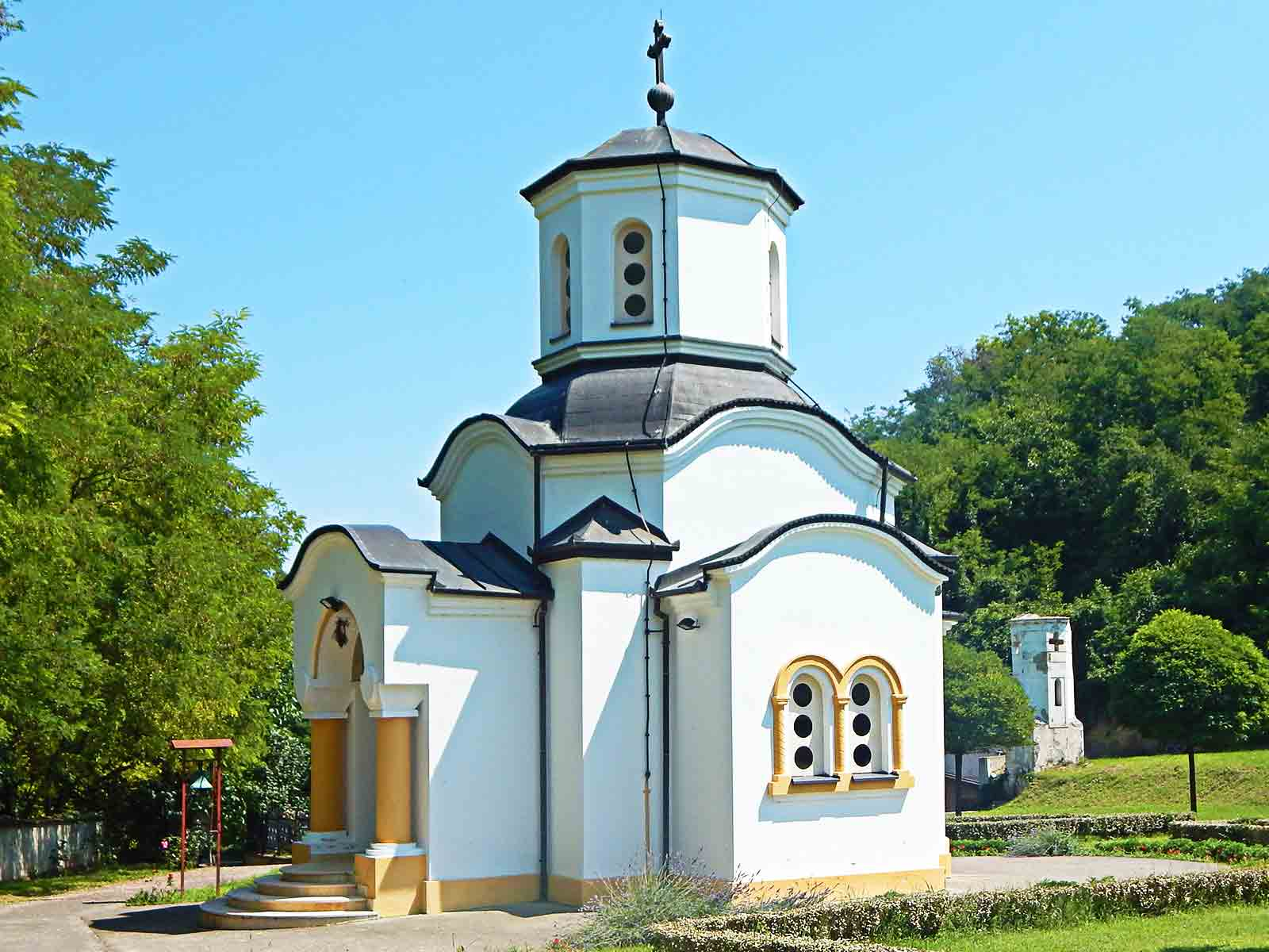 Manastirska crkva Uspenja presvete Bogorodice u Daljskoj planini