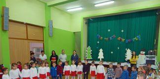 """Zaposleni i deca u dečijem vrtiću """"Vukovar 2"""" obeležili dan svog vrtića i dvadeseti rođendan."""