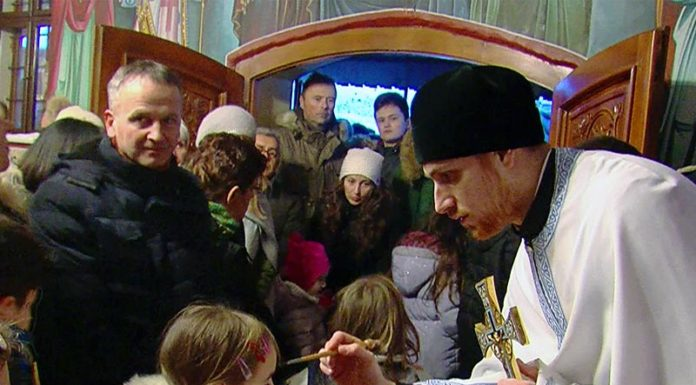 Badnjak Vukovar hram prepodobne matere paraskeve dobra voda adica 2019 vukašin cvetojević