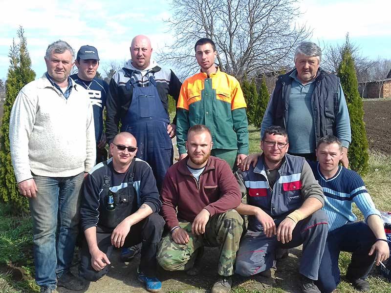 Sremski Čakovci akcija-čišćenja-groblja
