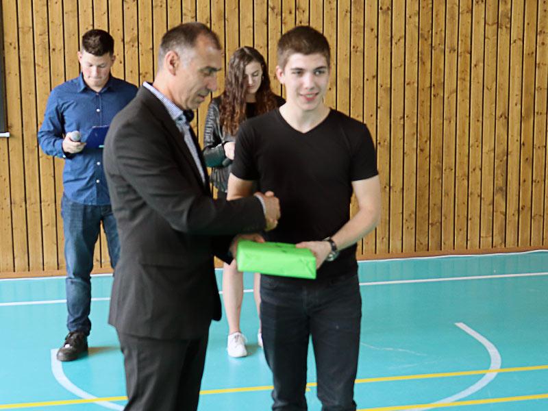 "Vukovarska Tehnička škola ""Nikola Tesla"" proslavila svoj dan"