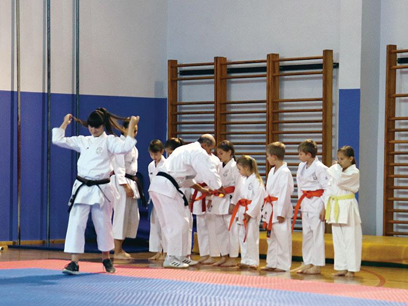 "Karate klub ""Bijelo Brdo"" tekst"