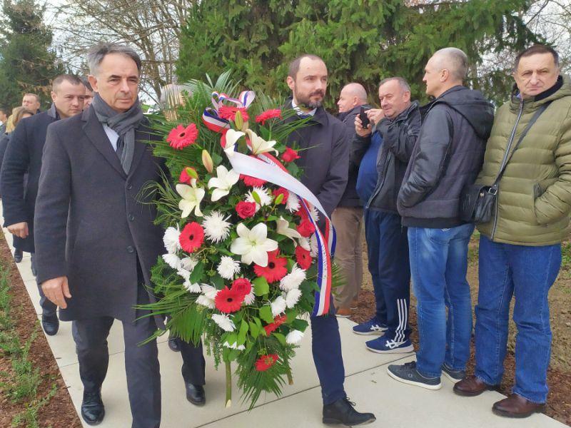 Pupovac u Vukovaru Ovčara
