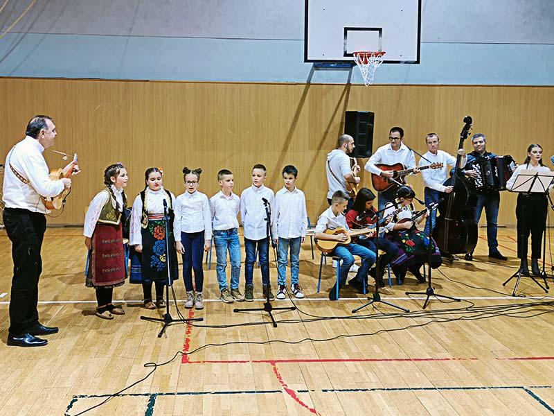 """godišnji koncert Kulturno-umetničkog društva """"Branislav Nušić"""""""