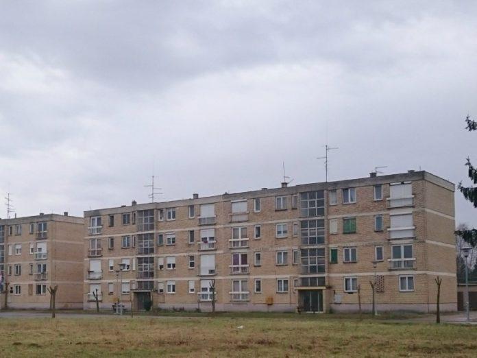 stanovi beli manastir