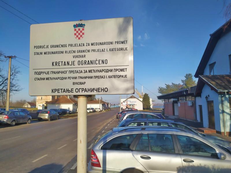 Ćirilične table Vukovar Carina Luka Vukovar
