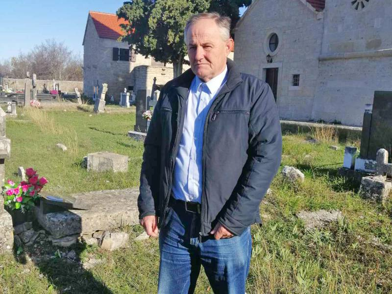 Profesor Ilija Bezbradica Bezbradice