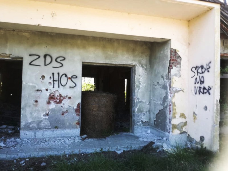 Banski Grabovac ustaški grafiti spomenik