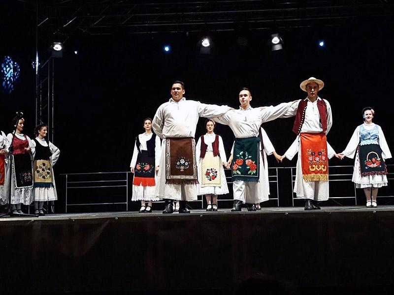 Borovski folkloraši kud branislav nušić borovo