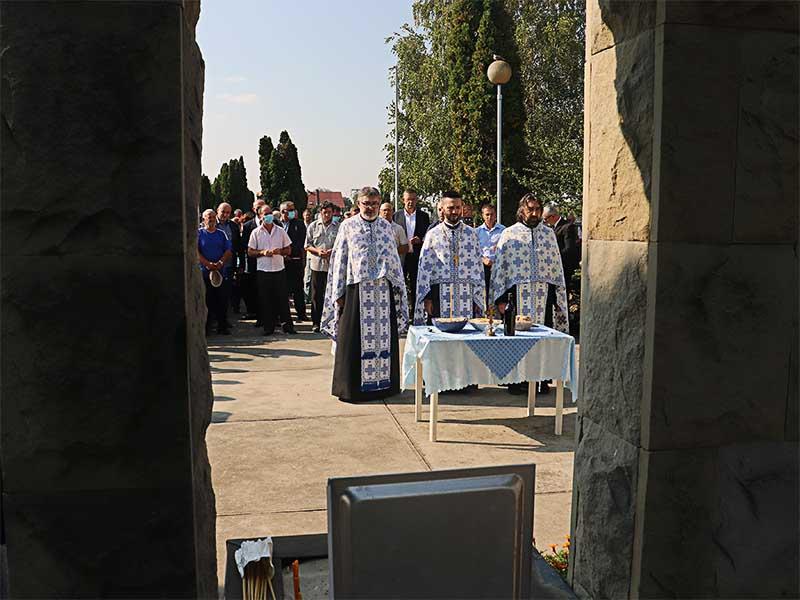 Žrtve rata u Borovu parastos