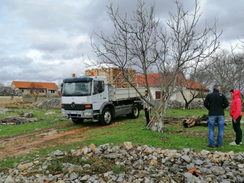 SNV donacija drva dragan plavišić smrdelje