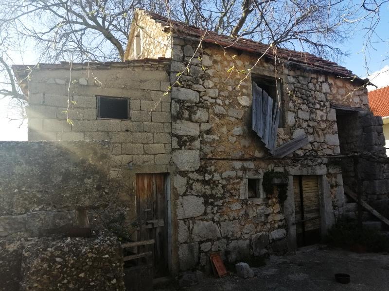 Jovan Radulović rodna kuća Polača