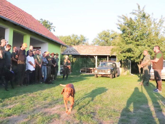 Borovski lovci